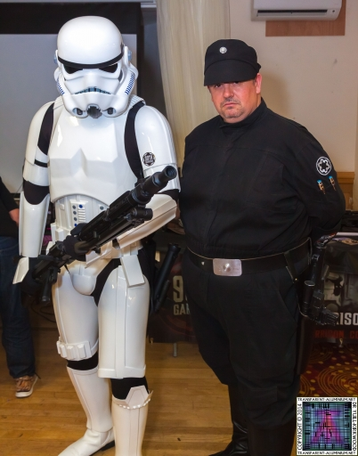 Stormtrooper-and-Imperial-Officer-2