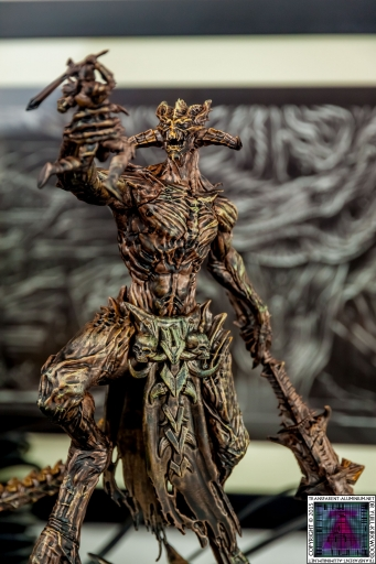 The Elder Scrolls Online Imperial Edition Molag Bal Statue (14).jpg