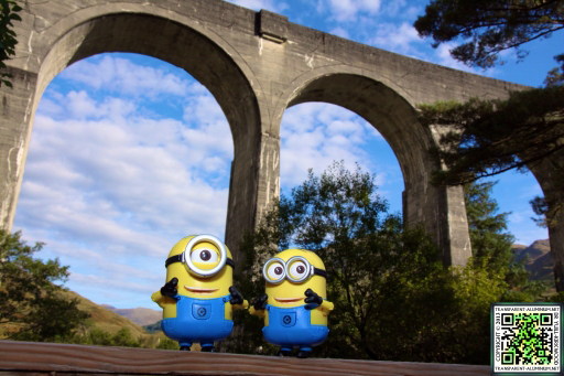 the-minions-at-the-glenfinnan-viaduct-5