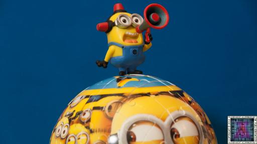 Minions-Globe