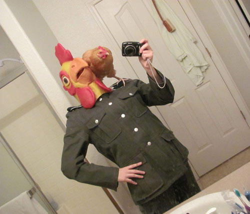 funny-wtf-chicken-uniform
