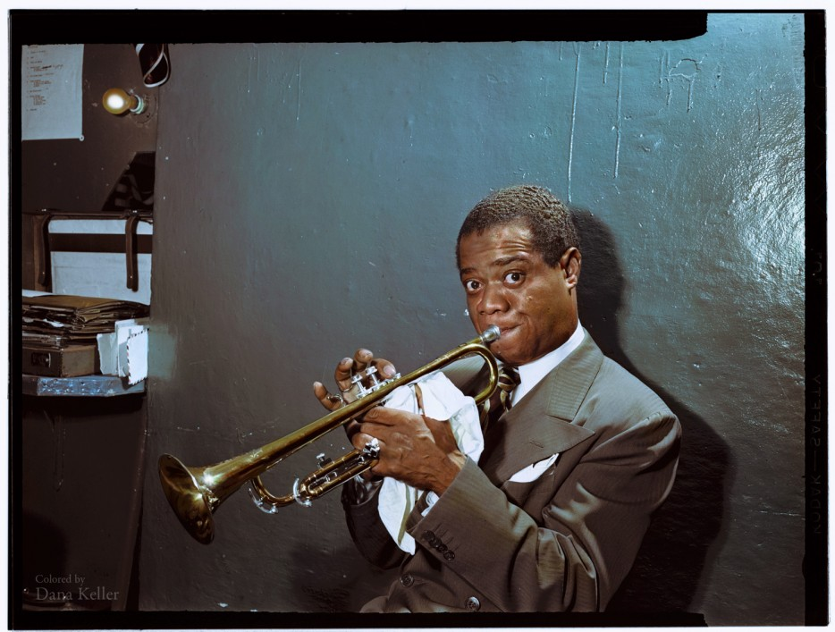 Louis Armstrong practising backstage in 1946