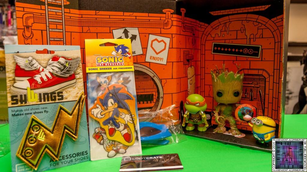 Loot Crate - August 2014 Heroes (2)