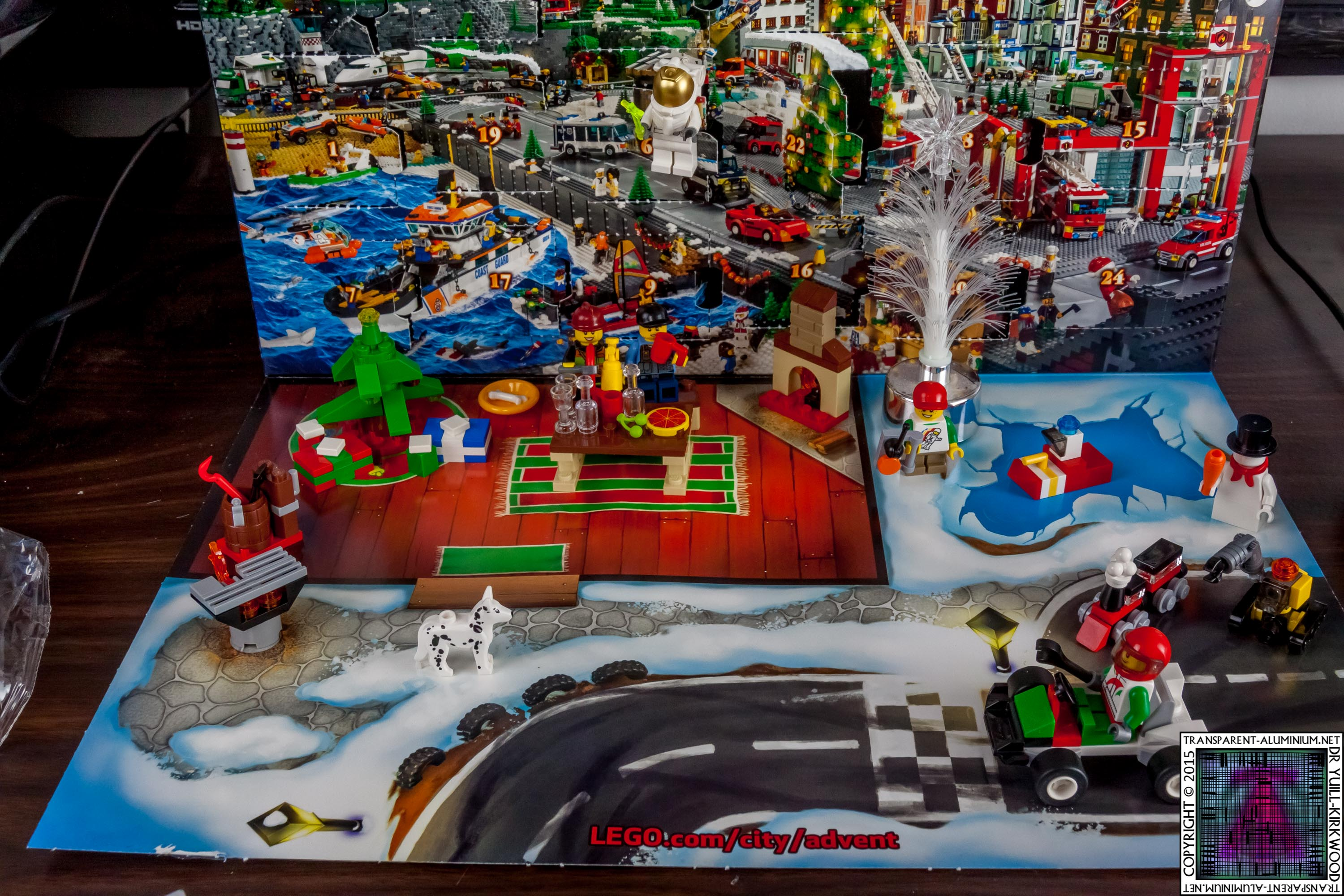 LEGO City Advent Calendar – 60024 Photos
