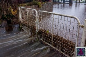 Gates Working Like a Dam - Cumbria Flooding December 2015 (1)