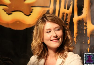 Jewel Staite and a LittelJewel