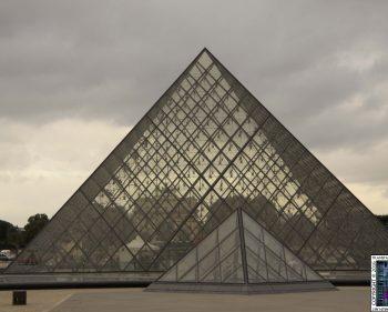 Paris – Louver Pyramid