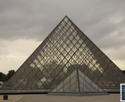 Paris – Louver Pyramid