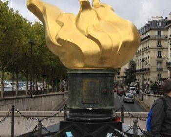 Paris – Flame Of Liberty