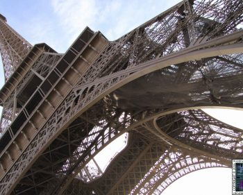 Eiffel Tower – Bace