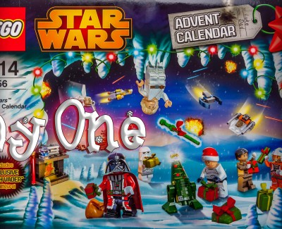 LEGO Star Wars Christmas Calendar Day 1
