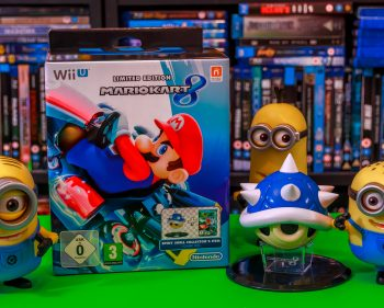 Mario Kart 8 Limited Edition with Blue Shell Figurine