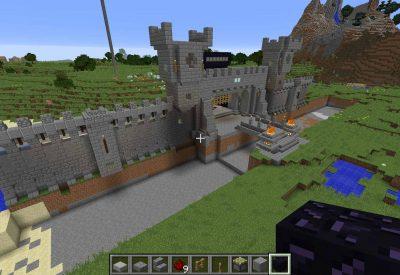 Minecraft – Castle Breaking Ground